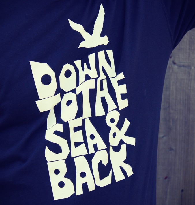 mens_tshirt_navy_1024x1024